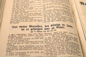 book-1550103_1920